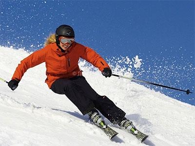 Лыжи или не лыжи: выбираем тёплые кофты для лыжных вечеринок