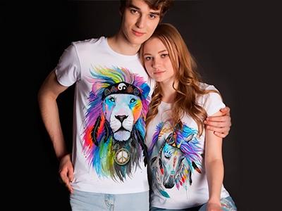 Подготовься к весне заранее: стильные футболки с яркими принтами для тебя и подруги